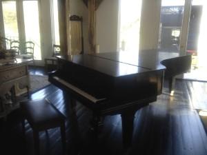 Piano Movers Long Island AJ Movers Move a Piano